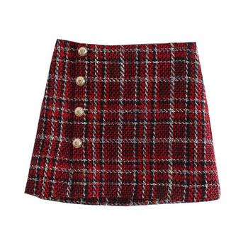 Нов модел къса пола с копчета