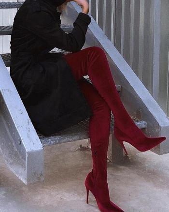 Γυναικείες μπότες πάνω από το γόνατο από βελούδο με  ψηλό τακούνι