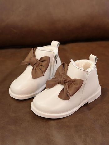 Μοντέρνες παιδικές μπότες για κορίτσια από οικολογικό δέρμα με μαλακή επένδυση και κορδέλα