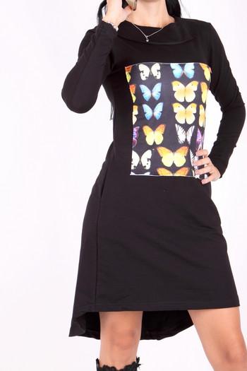 Рокля с пеперуда отпред