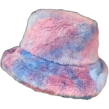 Ежедневна дамска пухена шапка в два цвята