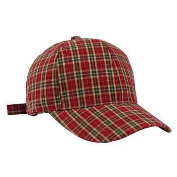 Пролетна карирана шапка с козирка