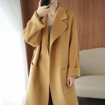 Ежедневно дамско дълго палто с джоб и шпиц деколте