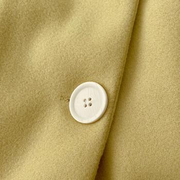 Ежедневно дамско палто със средна дължина