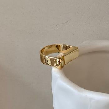 Стилен дамски комплект от пръстени