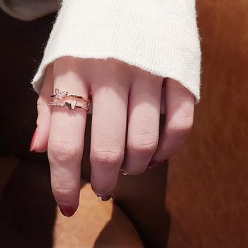 Модерен дамски пръстен с пеперуда и декоративни камъни