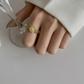 Елегантен дамски пръстен изчистен модел