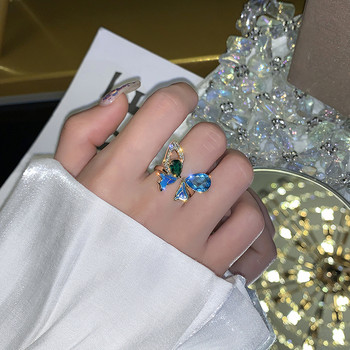 Ежедневен дамски пръстен с декоративни камъни