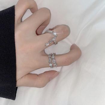 Актуален дамски пръстен в два модела с декоративни камъни