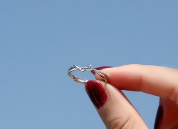 Стилен дамски тънък пръстен