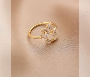 Дамски модерен пръстен с декоративна перла и камъни