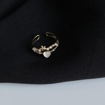 Ежедневен дамски пръстен с декоративни камъти и звезда