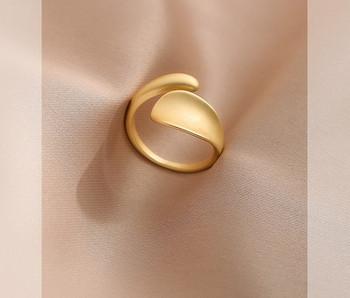 Стилен дамски широк пръстен изчистен модел