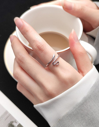 Дамски ежедневен тънък пръстен изчистен модел