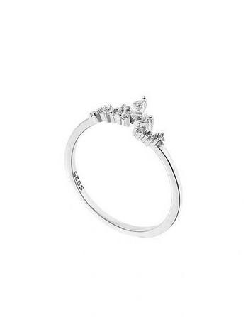 Модерен дамски пръстен с цветя и камъни