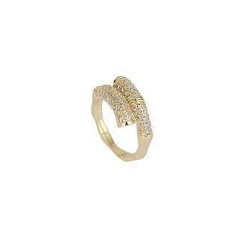 Актуален дамски пръстен широк модел с камъни