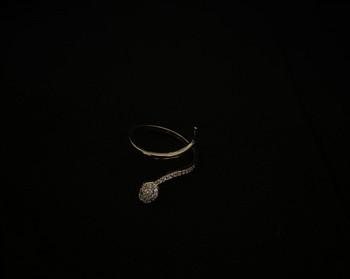 Дамски ежедневен тънък пръстен с камъни