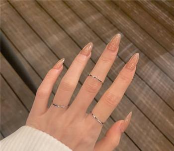 Дамски комплект от три тънки пръстена изчистен модел