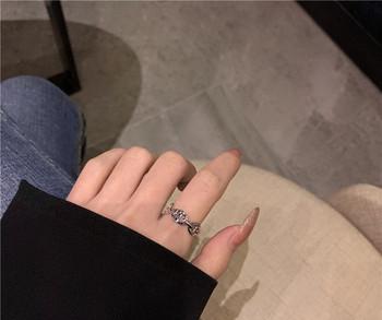 Дамски пръстен изчистен модел