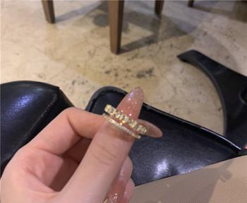 Стилен дамски пръстен широк модел с декоративни камъни