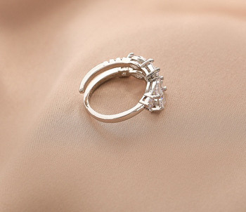 Стилен дамски пръстен с камъни в два модела