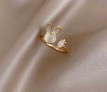 Ежедневен дамски тънък пръстен с декоративни камъни