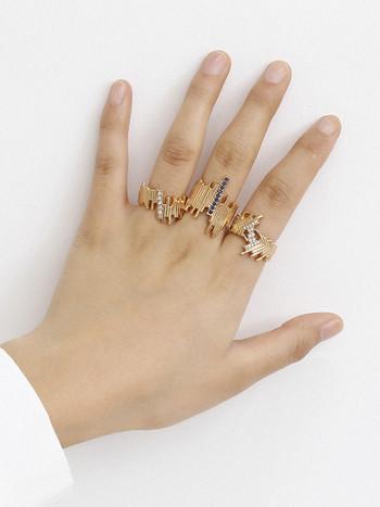 Стилен комплект от три дамски пръстена