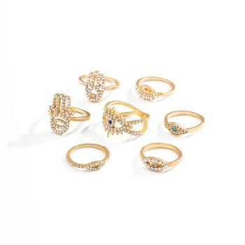Комплект от седем пръстена с декоративни камъни