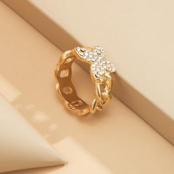 Актуален дамски пръстен с пеперуда и камъни