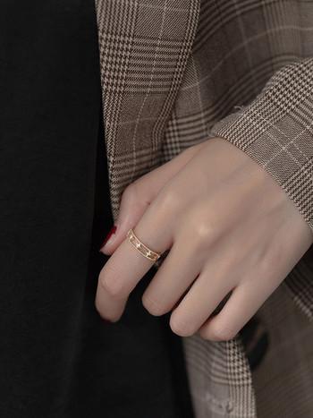 Ежедневен дамски пръстен изчистен модел с камъни