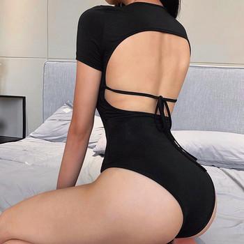 Νέο μοντέλο γυναικείο κορμάκι με κοντά μανίκια σε μαύρο χρώμα
