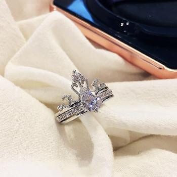 Κομψό γυναικείο δαχτυλίδι με διακοσμητικές πέτρες φαρδύ μοντέλο