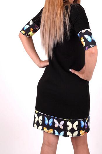 Дамска рокля с платка пеперуда