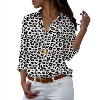 Нов модел актуална дамска риза с флорални мотиви