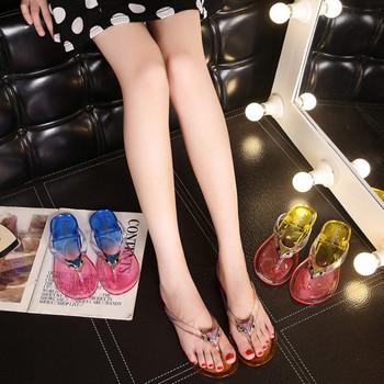 Дамски ежедневни летни чехли между пръстите подходящи за лятото