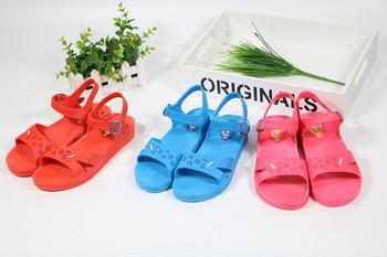 Ежедневни дамски сандали с равна подметка -три цвята