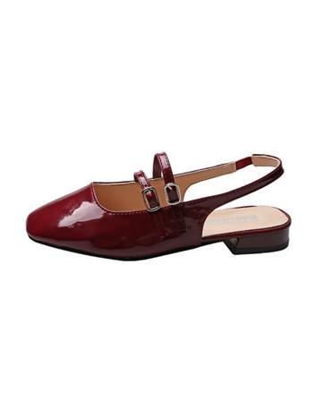 Дамски лачени сандали с катарами
