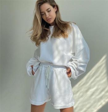 Γυναικείο σετ  φαρδύ μοντέλο - σορτς και μπλούζα