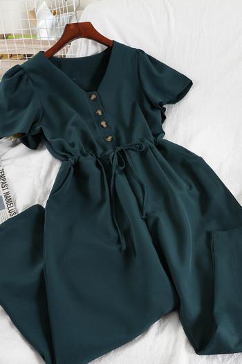 Γυναικεία ολόσωμη φόρμα με κουμπιά και κορδόνια στη μέση