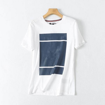 Ежедневна мъжка тениска с къс ръкав и овално деколте
