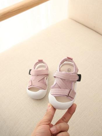 Нов модел детски сандали с лепенки и равна подметка за момичета