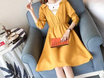 Γυναικείο μοντέρνο φόρεμα με κοντά μανίκια για έγκυες γυναίκες