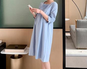Γυναικείο φόρεμα απλό μοντέλο με τετράγωνο ντεκολτέ για έγκυες γυναίκες