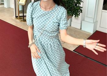 Μοντέρνο φόρεμα με κοντά μανίκια για έγκυες γυναίκες