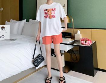 Μοντέρνα γυναικεία σετ σορτς και μπλούζα με απλικέ για εγκύους