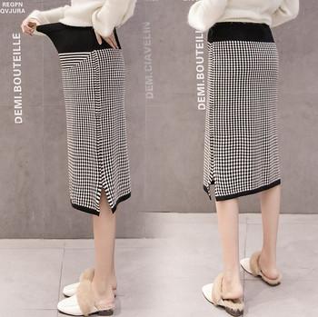 Κομψή γυναικεία ευθεία φούστα με καρό μοντέλο για έγκυες γυναίκες