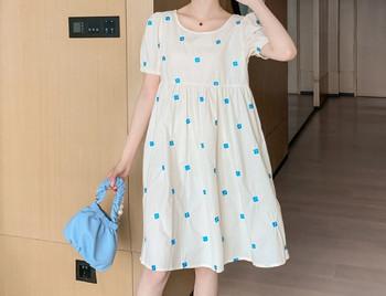 Κομψό γυναικείο κοντό φόρεμα με οβάλ λαιμόκοψη και κοντά μανίκια για εγκύους