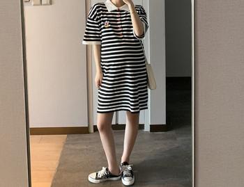 Γυναικείο φόρεμα με κουμπιά σε δύο μοντέλα για έγκυες γυναίκες
