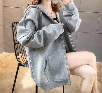 Γυναικεία μοντέρνα μπλούζα με στερέωση για έγκυες γυναίκες