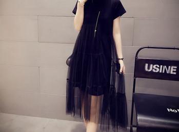 Κομψό γυναικείο φόρεμα με κοντά μανίκια για έγκυες γυναίκες